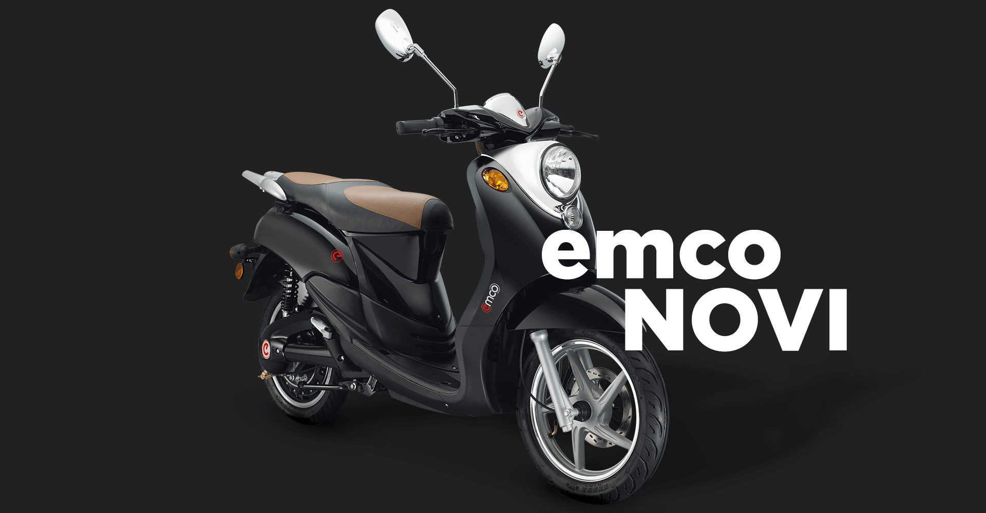 Classic e-scooter from emco in blue.