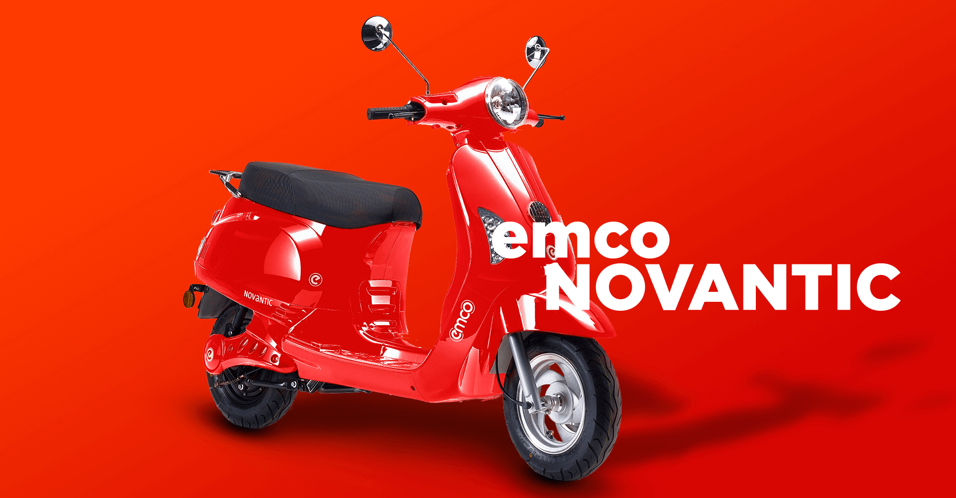 Sporty e-scooter from emco in red.